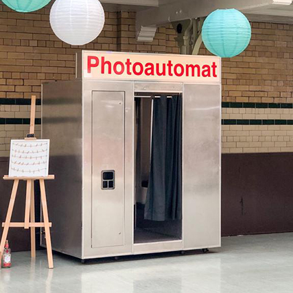 Photo Booths | The Photo Cabin | Photo Booth Hire London The Photo Cabin
