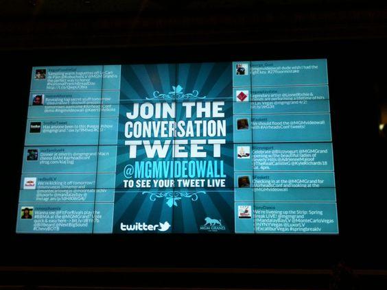 twitter-wall